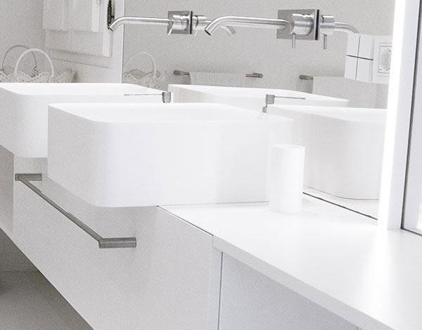Centro della ceramica pavimenti ceramiche piastrelle e for Centro convenienza arredo bagno